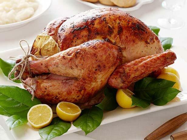Курица с беконом и зеленью